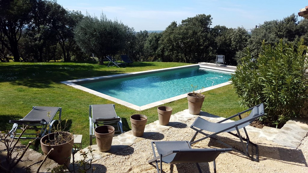 Terrasse chambre jade hiver 3 terrasses de gordes luberon for Chambre d hotes luberon
